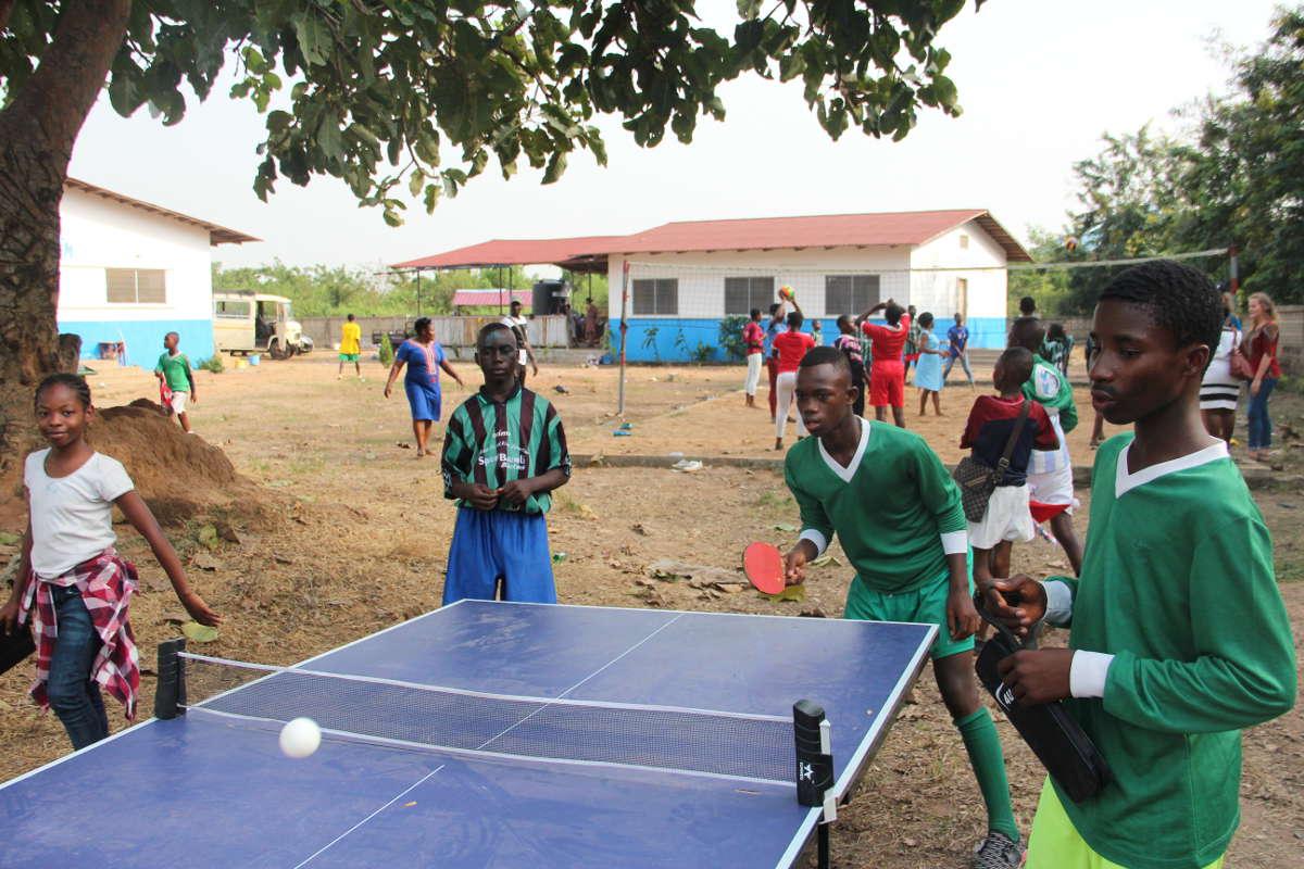 Auch Tischtennis steht bei den Kindern hoch im Kurs