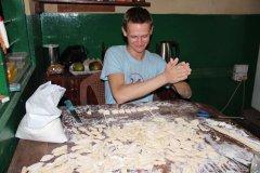 Schupfnudeln in Ghana, so kamen deutsche Gerichte ins Volontärs Leben.